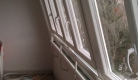 zatvaranje balkona koso položenim prozorima