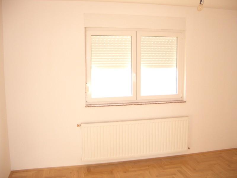 Prozori pogled iz sobe